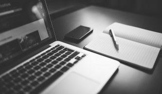 hire-writer-1095x640